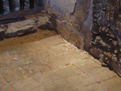 Sondeos arqueológicos en la Iglesia Parroquial de Montejo de la Sierra, Madrid