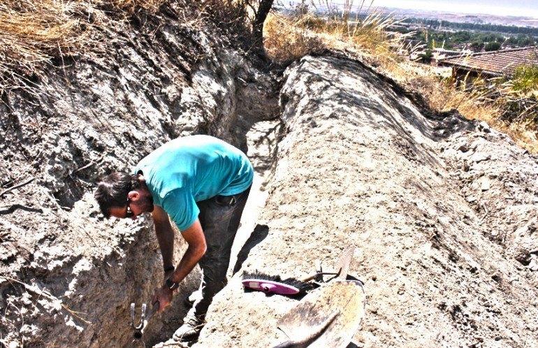 Excavacion Trinchera Guerra Civil Aranjuez