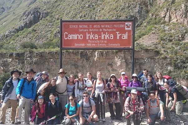 Foto de grupo del camino inca